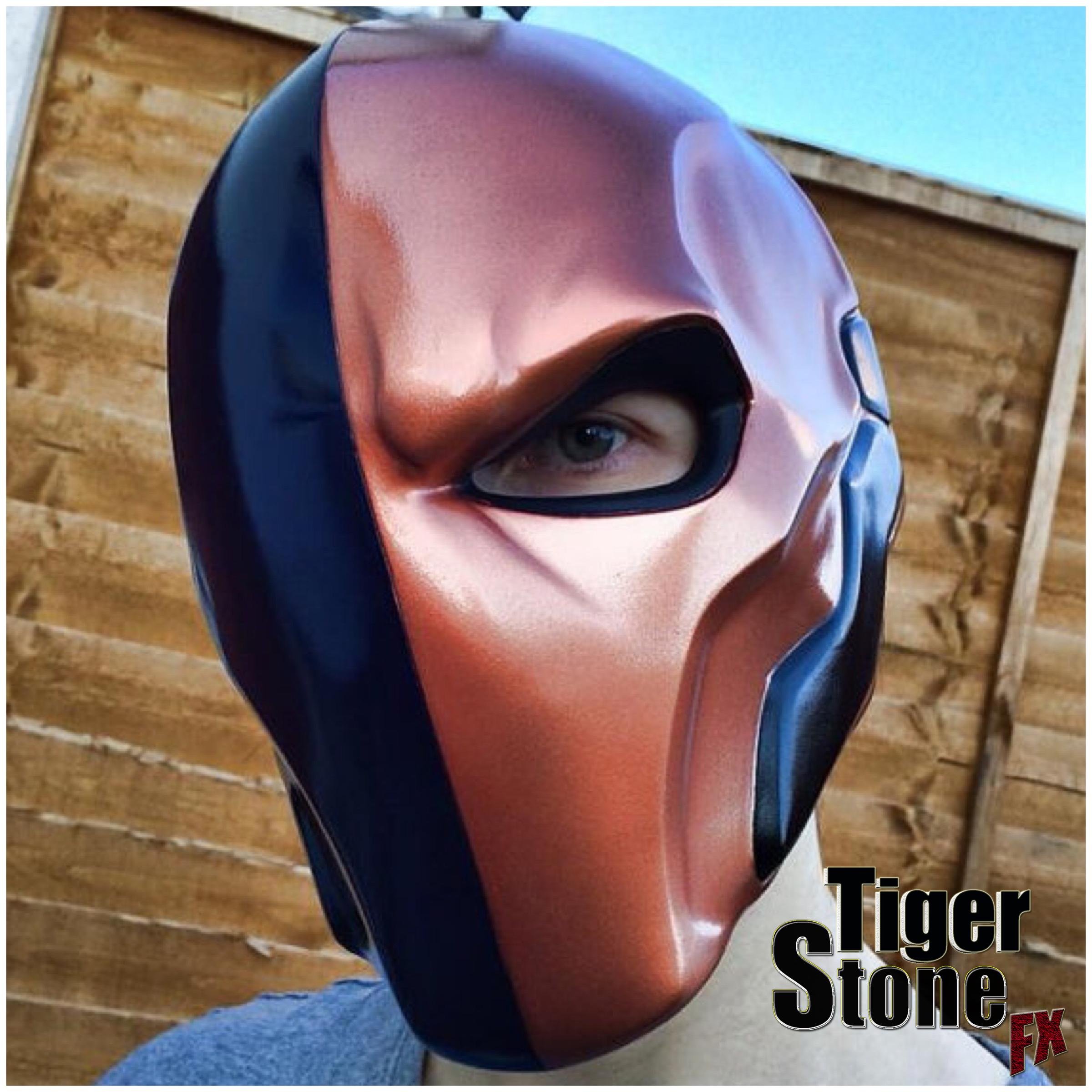 Arkham Origins Deathstroke helmet by Tiger Stone FX - Tiger Stone FX
