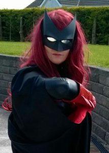 Joanne with Tiger Stone FX Batwoman mask, photo by Simon Crockett