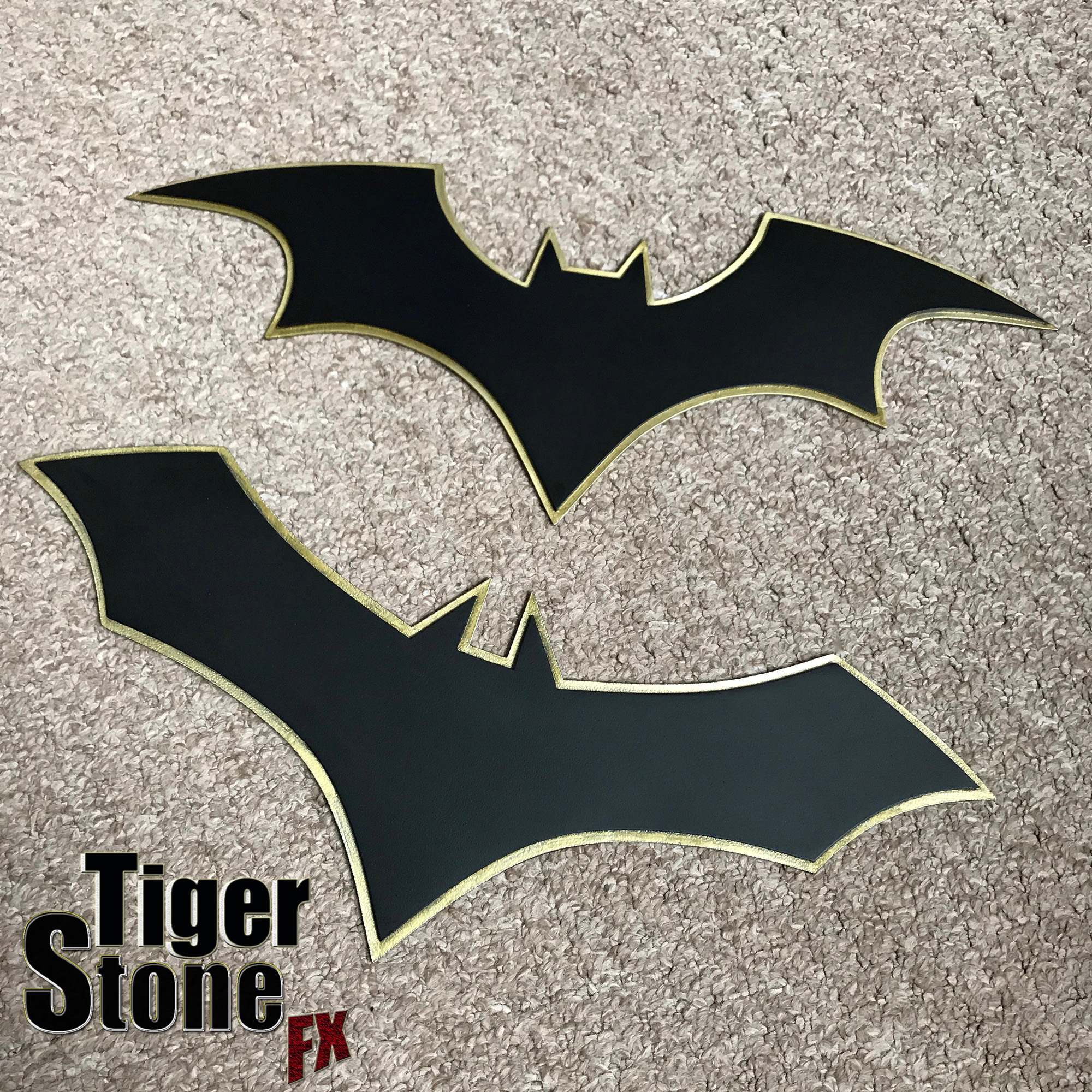 Batman Rebirth Chest Emblems With Gold Border Tiger Stone Fx