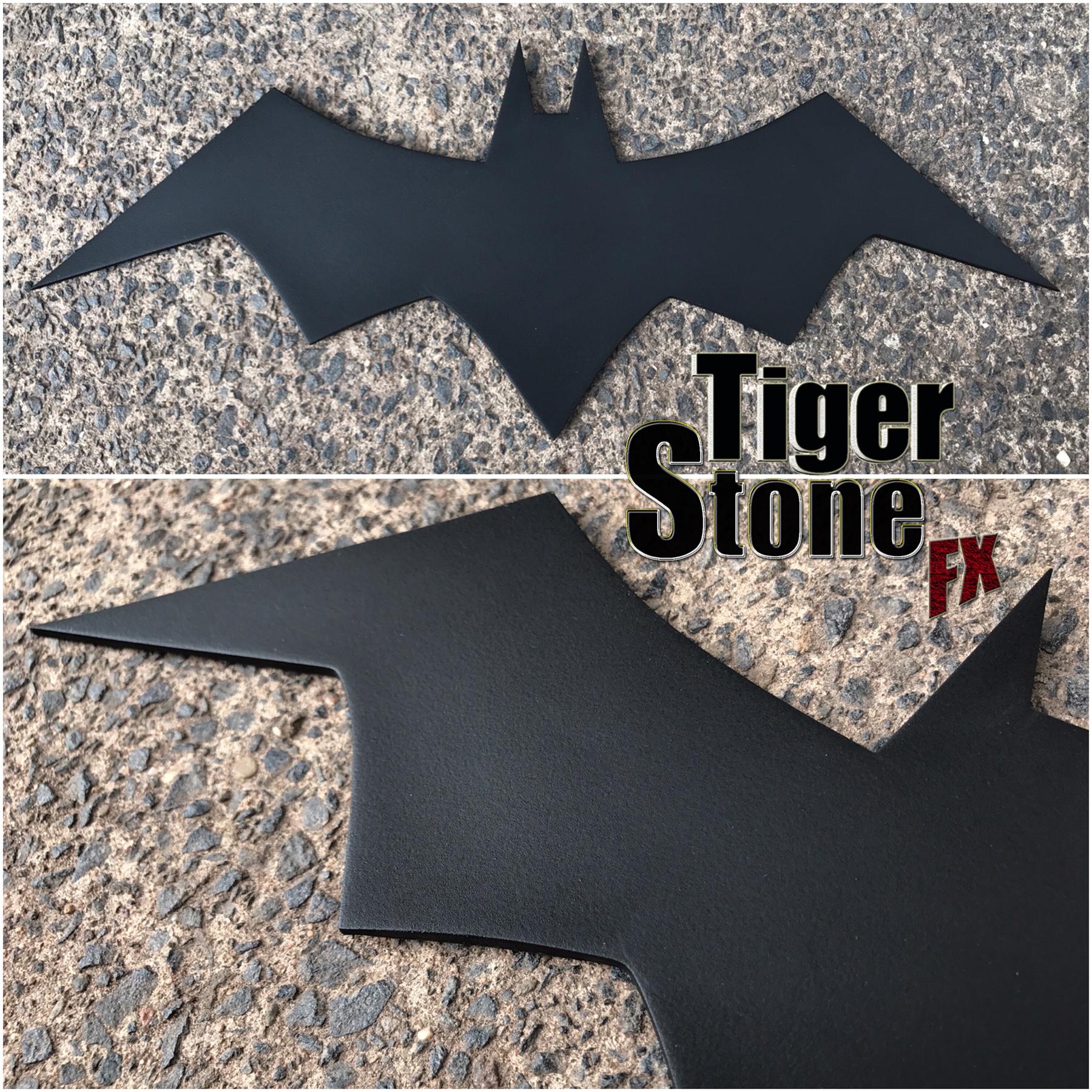 Another New Chest Emblem The New Batman Adventures Batman The