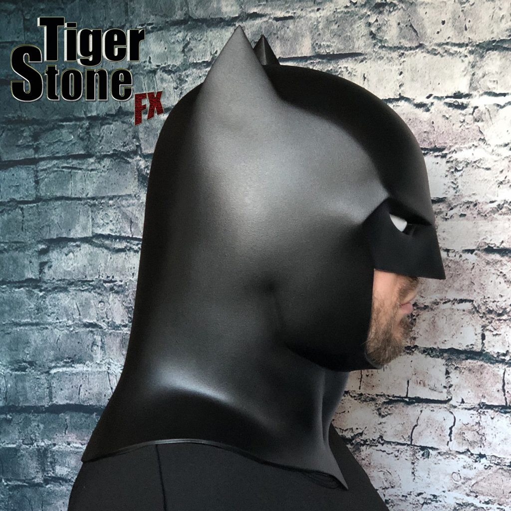 Capullo Batman cowl mask for your cosplay New 52 Rebirth Metal (side) Court of owls - made by Tiger Stone FX