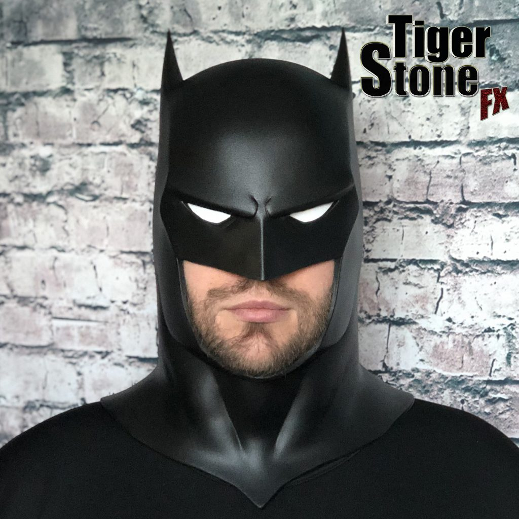 Capullo Batman cowl mask for your cosplay New 52 Rebirth Metal (straight) Court of owls - made by Tiger Stone FX